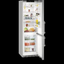 Réfrigérateur Liebherr gris. Vue de face intérieur, portes ouvertes avec nourriture.