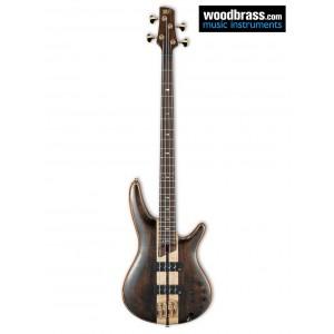 Guitare basse électrique Ibanez, effet bois naturel avec un léger vernis. Vue de face